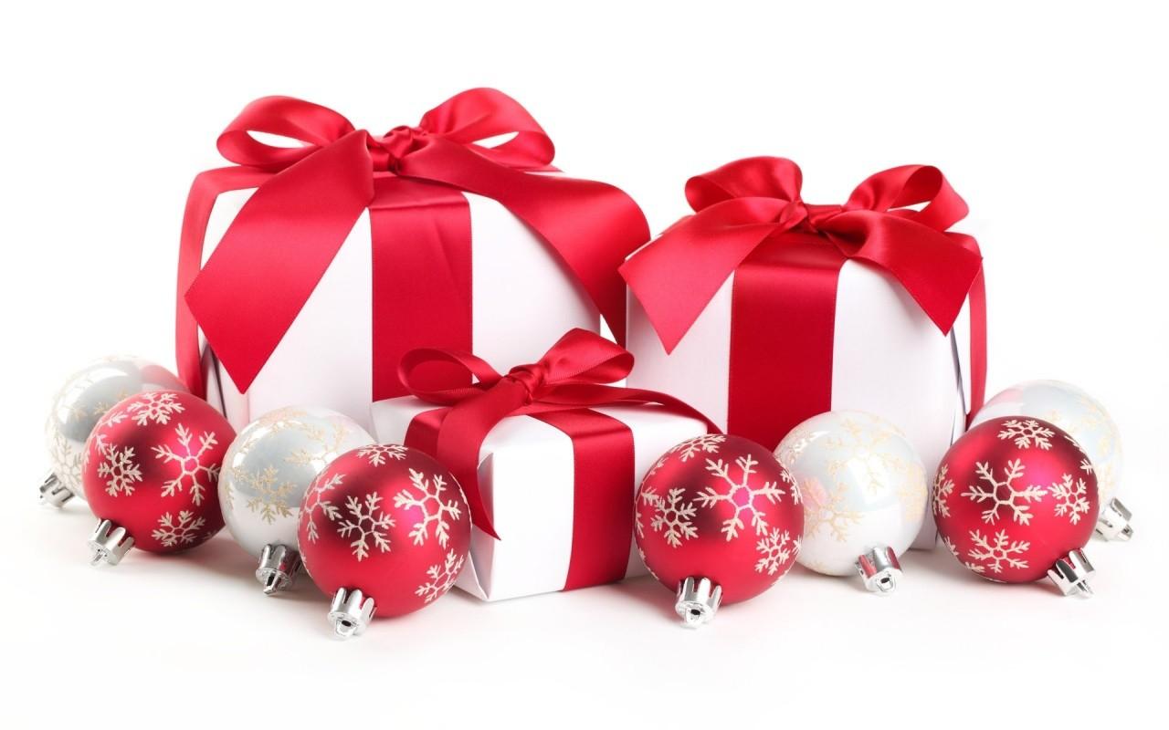 Natale in farmacia, la gift list da non perdere